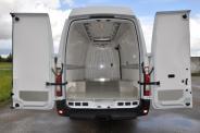 Isothermal minibus - refrigerator