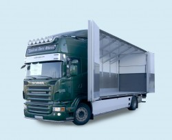 Body with sliding doors system